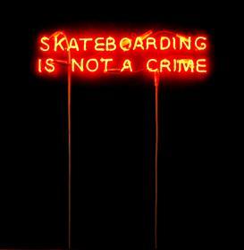 Skate et mets tes baskets