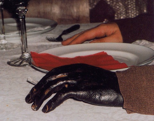De la main à la main