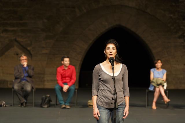 Avignon - Jout 6 - Gloire au spectacle vivant !