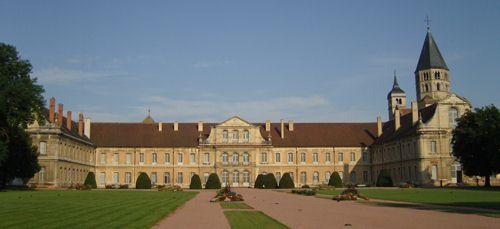 La fière abbaye de Cluny