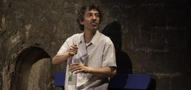Monsieur Armand dit Garrincha : jouer juste avec Éric Elmosnino