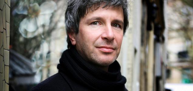 Éric Vuillard : « Montrer une foule qui se constitue en peuple »