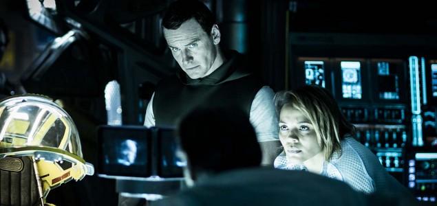 Critique du film Alien : Covenant de Ridley Scott avec Michael Fassbender, Katherine Waterston, Billy Crudup, Danny McBride… Alien : Covenant : La bête immonde est de retour  CINEMA