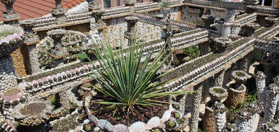Jardin Rosa Mir : des cailloux plein les poches