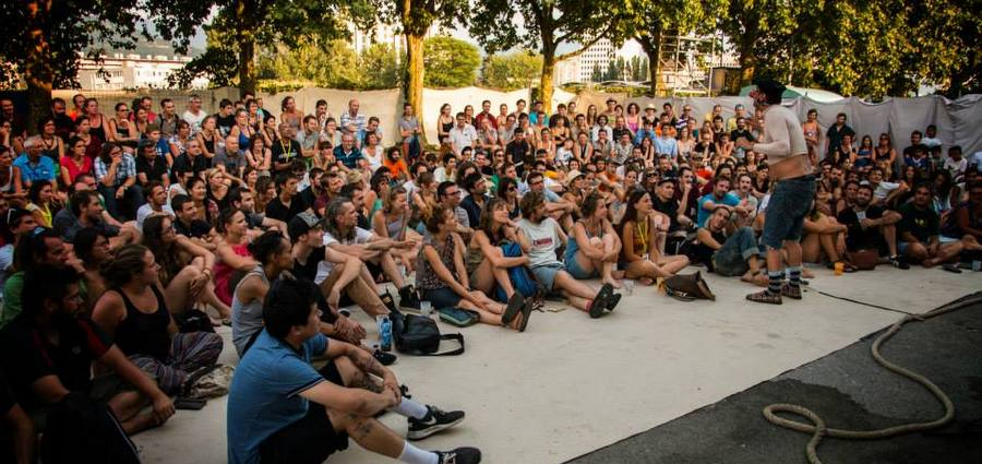 Le festival Merci Bonsoir veut être « un gros événement de théâtre de rue à échelle départementale »