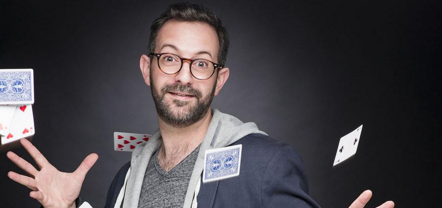 François Martinez : « On peut jouer avec la magie de manière actuelle »