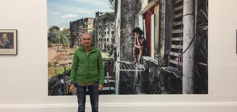 Peter Bauza : « Représenter la part obscure du Brésil »