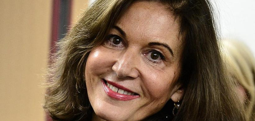 Anne Fontaine : « avoir un autre regard sur soi peut permettre d'exister autrement »