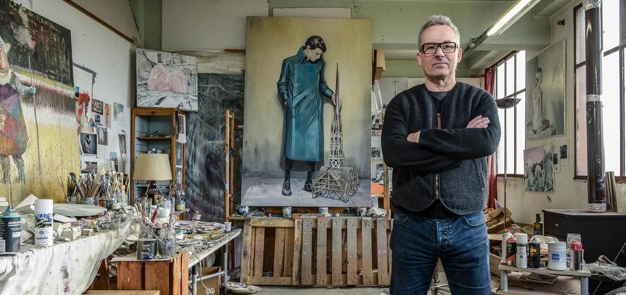 Olivier Poizac : « Ma façon de critiquer la société, c'est de poser sur la toile »