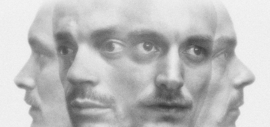 Gaspar Claus & Casper Clausen : de l'autre côté du miroir