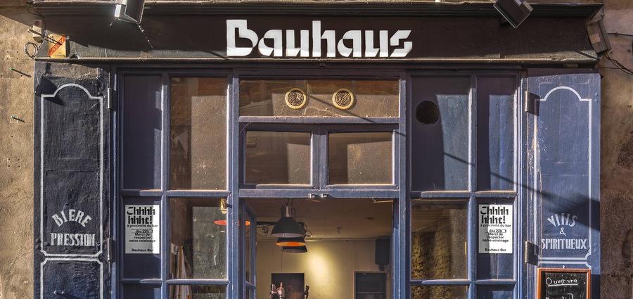 Le Bauhaus bar rouvre ses portes (mais reste en difficulté)