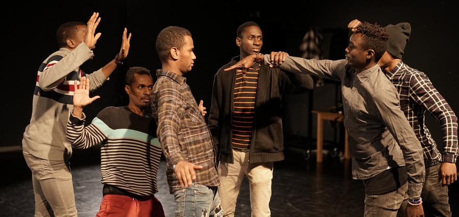 Waninga : le théâtre, cet autre refuge