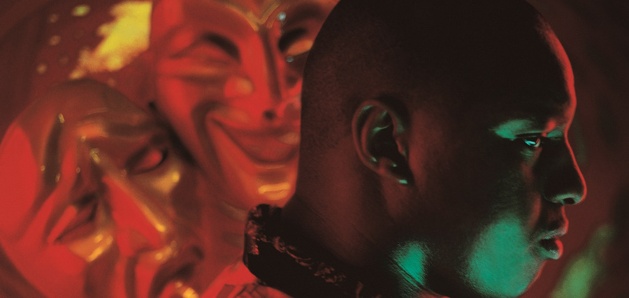 Oxmo Puccino : les masques, la plume et les 20 ans de son