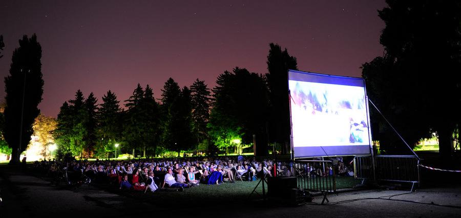 Une toile sous les étoiles : notre sélection de films en plein air pour cet été