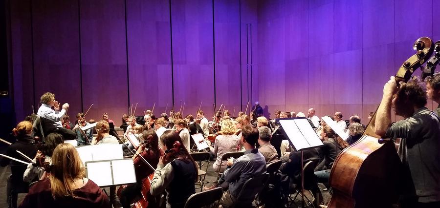 Un Orchestre universitaire de Grenoble pour « donner aux jeunes l'occasion de reprendre confiance en la musique »