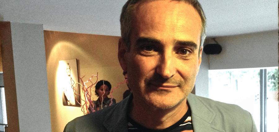 Olivier Assayas : « le cinéma est fait pour poser des questions, pas pour donner des réponses »