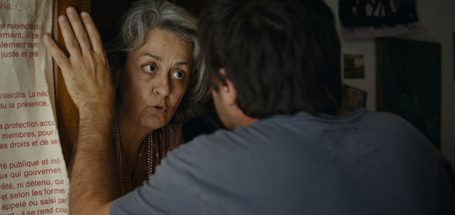 Sa mère la fantôme :