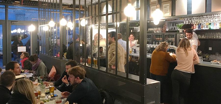 Une Petite Mousse : un bar pour aller « de la fourche à la pinte au comptoir »