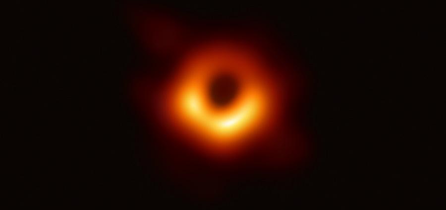 Un trou noir mis en lumière