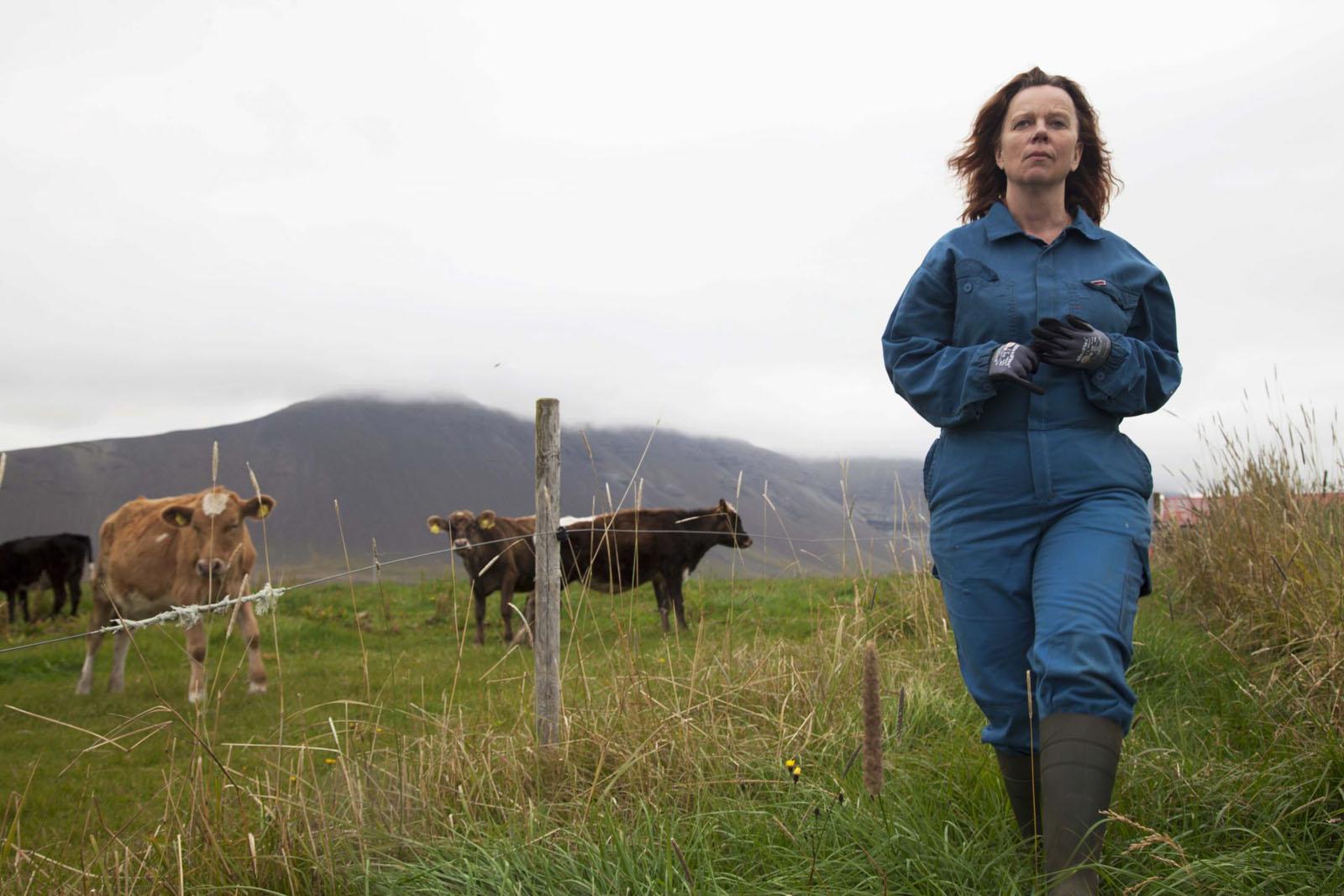 MJÓLK, La guerre du lait : Petite paysanne