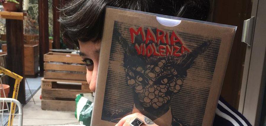 Chanson, punk & synthés avec Maria Violenza