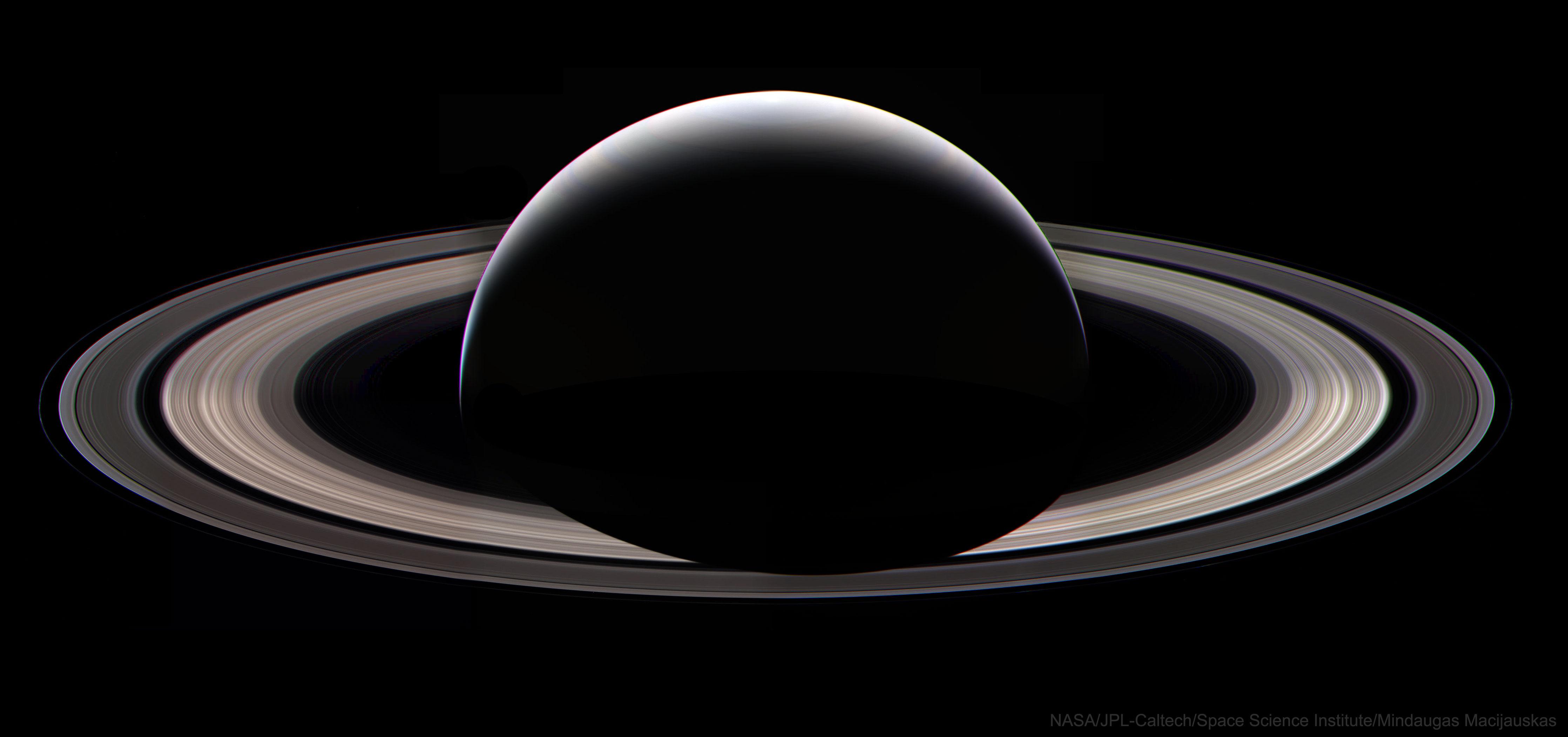 Nocturne Saturne
