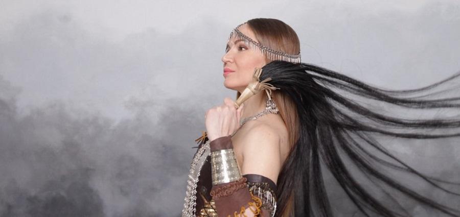 Olena Uutai : chamane woman