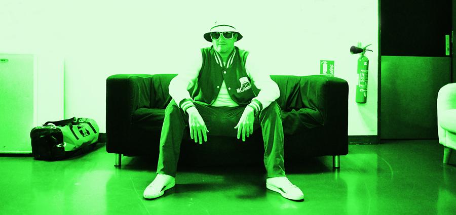 MC Pampille, nu comme un Vert