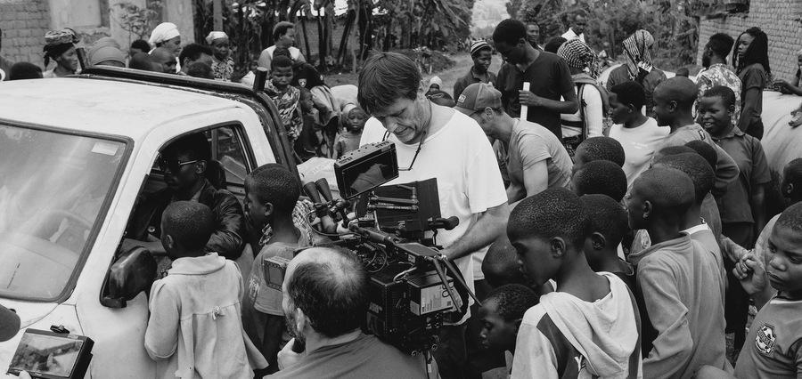 Éric Barbier - Gaël Faye : « Le film est une autre façon d'écrire l'histoire »