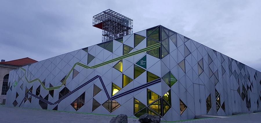 Six expos principales pour la Biennale 2021