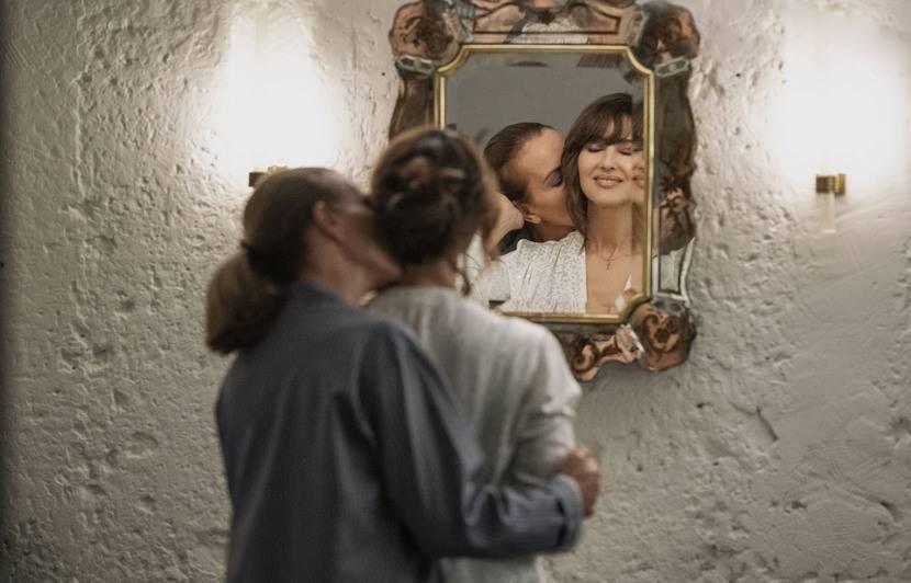 Monica Bellucci et Carole Bouquet : « on fait ce métier pour réaliser une partie des fantasmes de l'humanité »