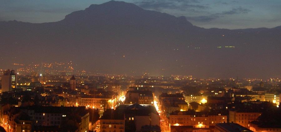 C'est beau une ville qui vit la nuit