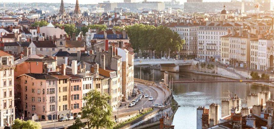 Un lancement des soldes d'été inédit à Lyon