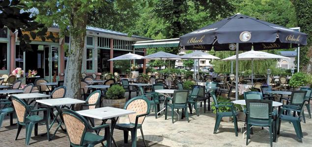 Le Pavillon d'Armenonville restaurant terrasse Uriage Les Bains