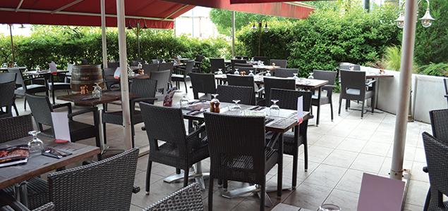 Hippopotamus restaurant terrasse Echirolles