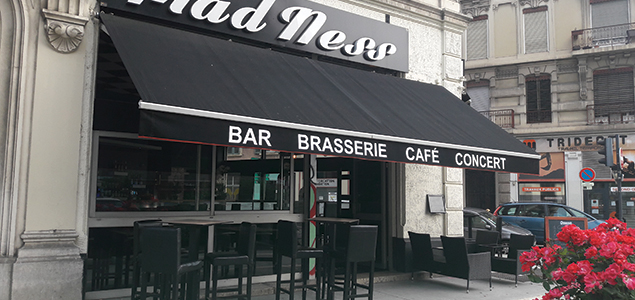 Le Mad'Ness restaurant terrasse Grenoble